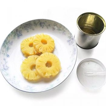 425g Delicious Canned Pineapple Slices in light syrup