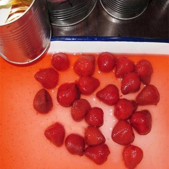 3000g Canned Strawberry in Light Syrup