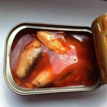 Seafood High Quality 425g Oval Canned Mackerel  in Tomato Sauce